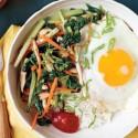 Bibimbap, cocina coreana en la mesa