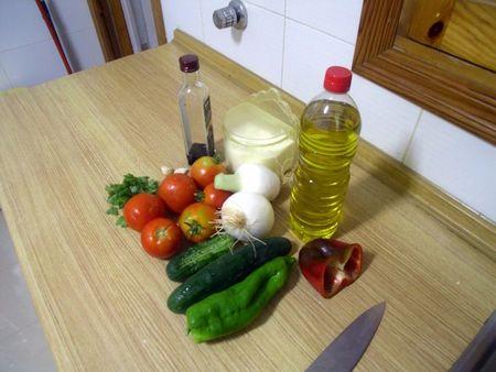 800px-gazpacho_ingredients