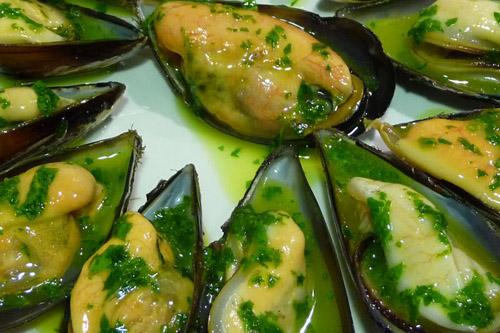 Mejillones con salsa verde