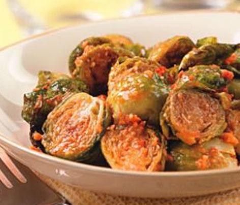 Coles de bruselas con pesto de tomate comida sana - Cocinar coles de bruselas ...