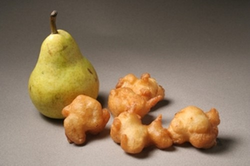buñuelos de pera