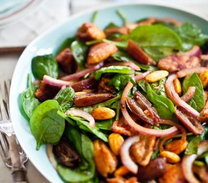 Fresca ensalada de espinacas d tiles y almendras comida for Comidas frescas