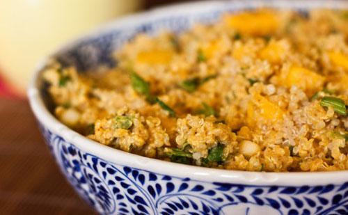 ensalada-de-quinoa-y-repollitos-de-bruselas