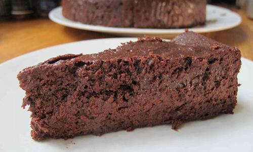 Bizcocho de chocolate sin harina tradicional
